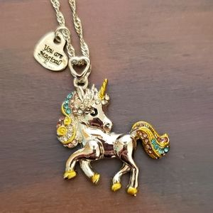 NWT Silver Unicorn Necklace w/Engraved Heart Charm